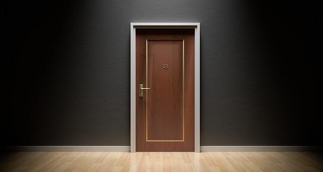 ידיות לדלתות – איך ידית משפיעה על עיצוב הבית?